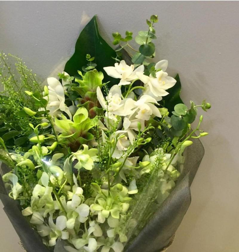 Sympathy Orchids Bouquet