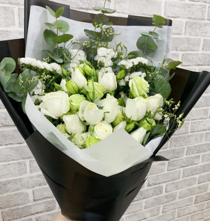 12 White Roses Sympathy Bouquet