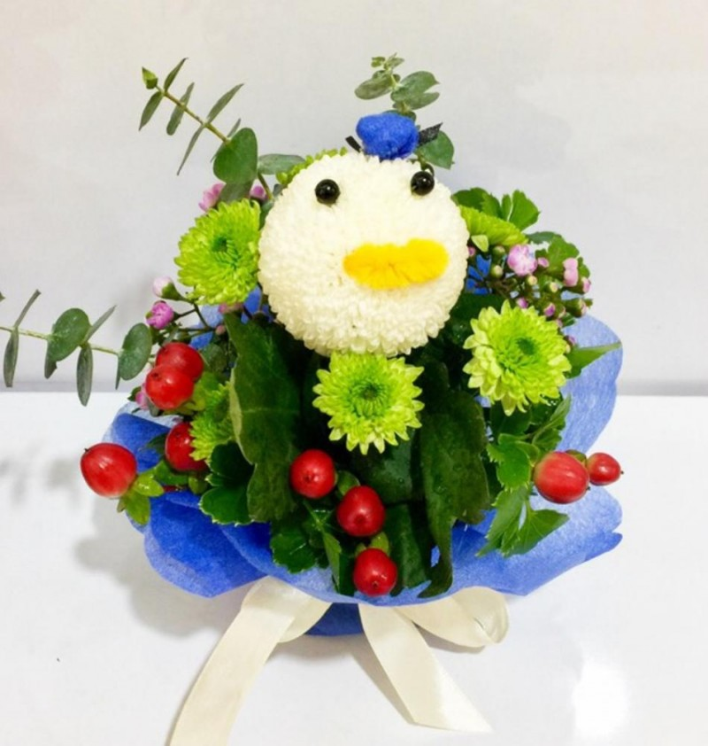 Animal Bloom Arrangement - Donald Duck